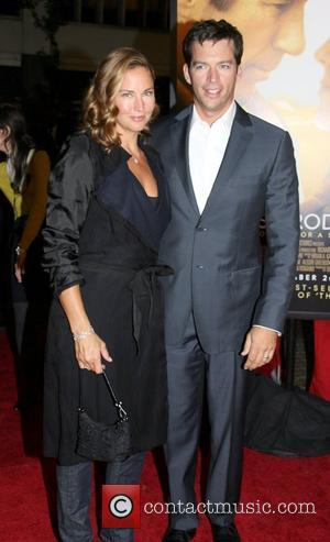 Jill Goodacre and Harry Connick Jr.