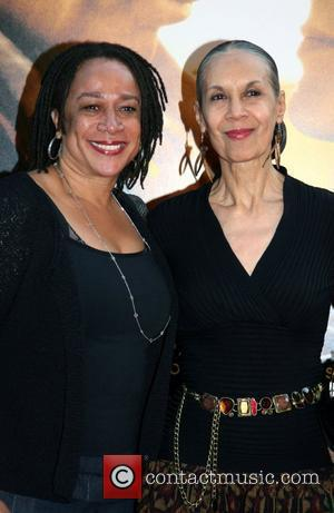S. Epatha Merkerson and Guest New York Premiere of 'Nights in Rodanthe' at the Ziegfeld Theatre - Arrivals New York...