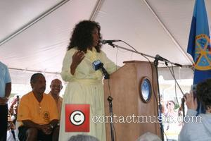 Oprah Winfrey 20th Annual Whitesboro Reunion Festival at the Martin Luther King Community Center Whitesboro, New Jersey - 30.08.08