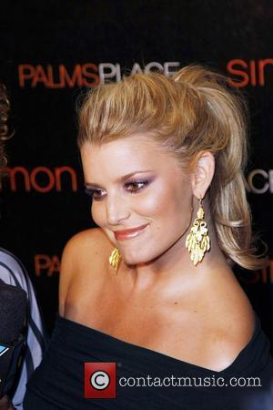 Simpson Denies Son-in-law Stalking