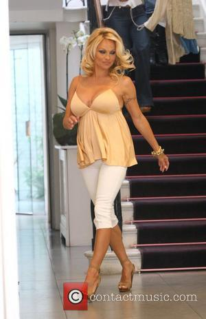 Pamela Anderson shops at the Stella McCartney store in London's West End London, England - 13.06.08