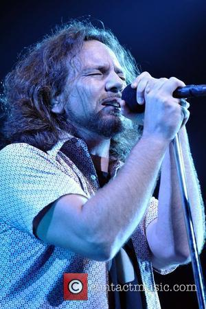 Vedder To Go Solo On Spring Tour