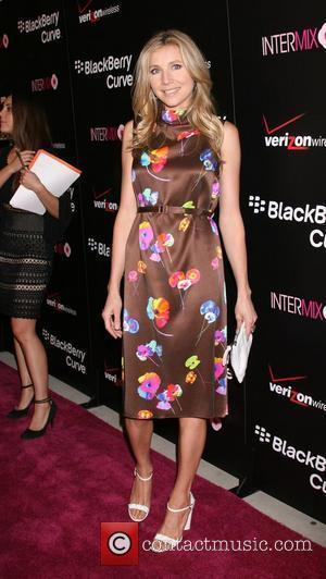 Sarah Chalke Launch party for the Blackberry 8330 Pink Curve at Intermix Los Angeles, California - 27.0808