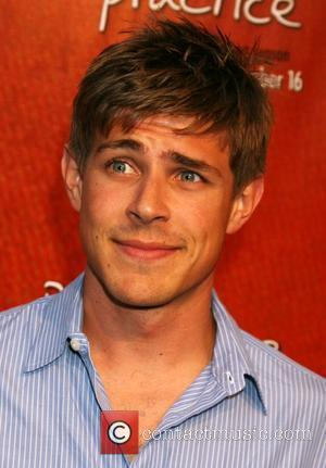 Chris Lowell: 'Kissing Emma Stone Was Like Smooching With My Sister'
