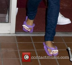 Rihanna Fires Business Manager Over 'Missing Money'