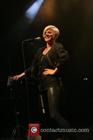 Robyn Lends Vocal Support To Spears