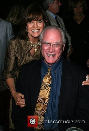 Linda Gray and Larry Hagman