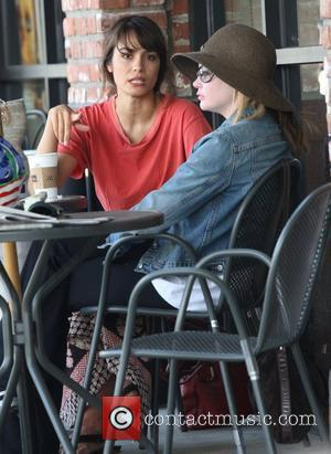 Shannyn Sossamon with a friend at Peet's Coffee Los Angeles, California - 16.06.08