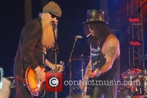 Billy Gibbons and Slash (aka Saul Hudson) Slash's 43rd birthday concert at the Bare Pool Lounge at the Mirage Hotel...