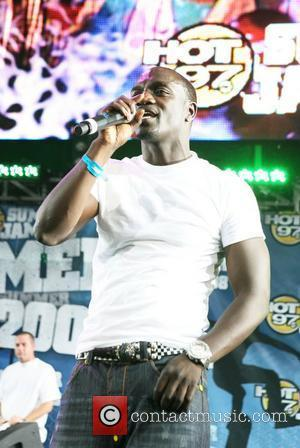 Akon Blasts Dance Girl's Parents