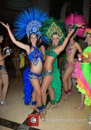Samba Dancers and Las Vegas