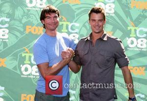 Jerry O'connell and Josh Duhamel