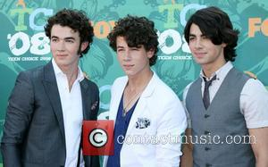 Jonas Brothers Move Gig From Murder Venue
