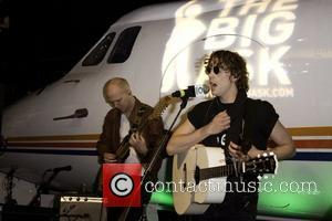 Johnny Borrell Razorlight perform a special gig for 'The Big Ask' as part of a Friends Of the Earth's campaign...