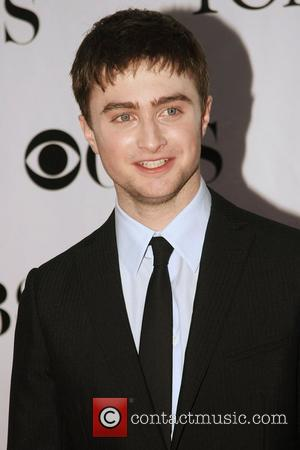 Radcliffe Toning Up For Nude Scene Stint On Broadway