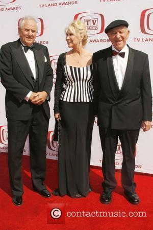 Garry Marshall, Peggy Crosby and Jack Klugman