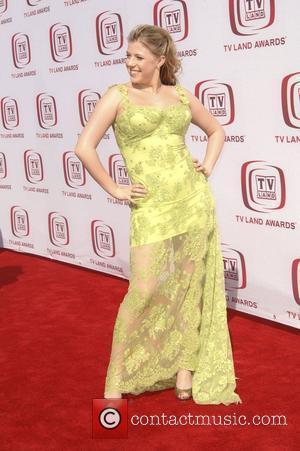 Jodie Sweetin The 6th Annual 'TV Land Awards' held at Barker Hanger - Arrivals Santa Monica, California - 08.06.08