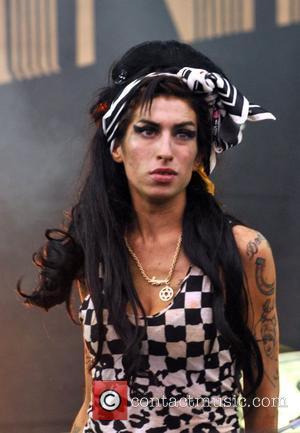 Amy Winehouse V 2008 Festival Day 1 Chelmsford, England - 16.08.08