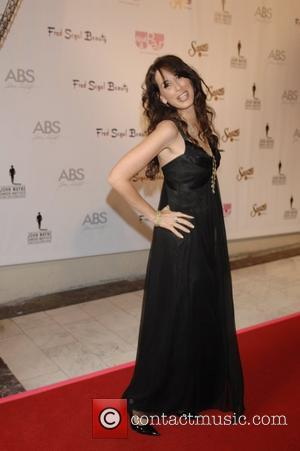 Maggie Wheeler What A Pair! 6 - A Celebrity Concert to Benefit the  John Wayne Cancer Institute - arrivals...