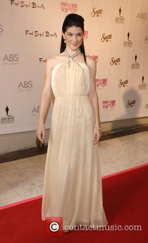 Sara Niemietz What A Pair! 6 - A Celebrity Concert to Benefit the  John Wayne Cancer Institute - arrivals...