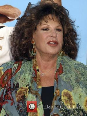Lainie Kazan New York Premiere of 'You Don't Mess with the Zohan' at the Ziegfeld Theater - Arrivals New York...
