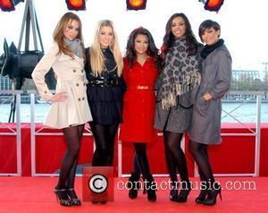 Una Healy, Mollie King, Vanessa White Rochelle Wiseman, Frankie Sandford of The Saturdays Low-cost airline AirAsia announce cheaper flights to...