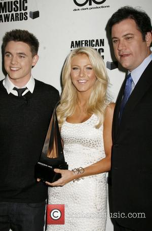 Jesse Mccartney and Julianne Hough