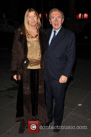 Sir David Frost and guest Annie Leibovitz: A Photographer's Life 1990-2005 - VIP private view held at the National Portrait...