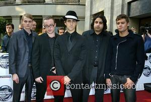 Maximo Park Offer Reward For Stolen Strummer Guitar
