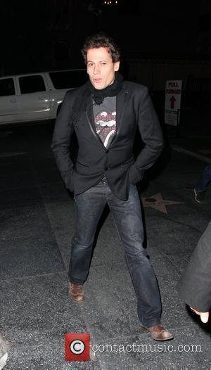 Ioan Gruffudd enjoying the festive season at Bardot Los Angeles, California - 27.12.08