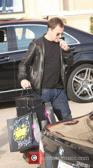 Jonny Lee Miller doing some last minute Christmas shopping at Barney's of New York Los Angeles, California - 23.12.08