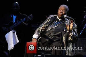 B.B. King performing at Raymond F. Kravis Center for the Performing Arts West Palm Beach, Florida - 09.02.09