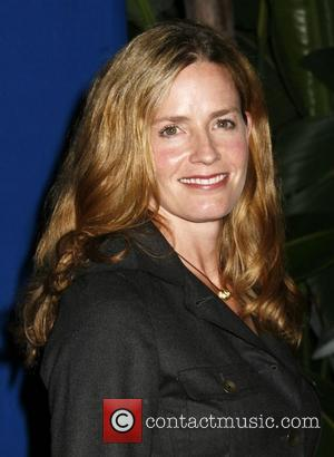 Elizabeth Shue Children's Defense Fund-California 18th Annual Los Angeles Beat the Odds Awards - Arrivals Beverly Hills, California - 04.12.08