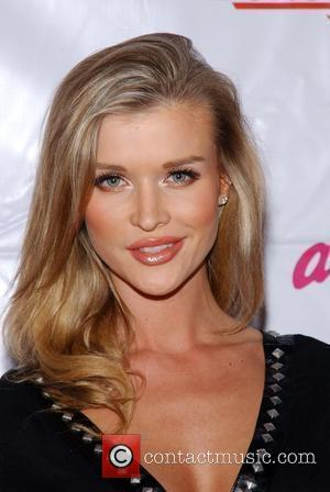 Joanna Krupa Bench Warmer Trading Cards 3rd Annual Toys for Tots Drive at The Kress Hollywood, CA - 09.12.08