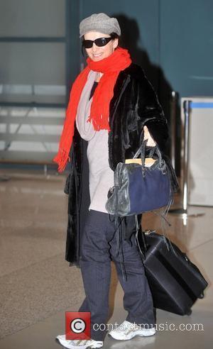 Juliette Binoche arrives at Incheon International Airport  Incheon, South Korea - 16.03.09