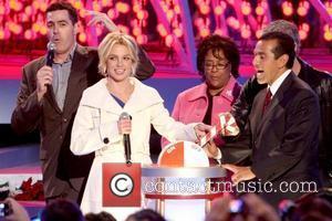 Adam Carolla, Britney Spears, Jan Perry and Mayor Antonio Villaraigosa Britney Spears switching on the Nokia Theatre Christmas Tree lights...