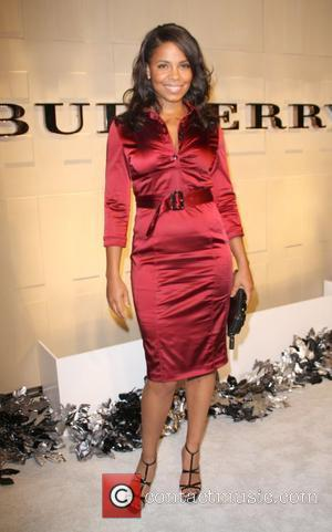 Sanaa Lathan Christopher Bailey and Mario Testino Burberry Beverly Hills Store Re-Opening - Arrivals Beverly Hills, California - 20.10.08