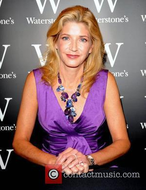 Candace Bushnell signs copies of her fifth novel 'One Fifth Avenue' at Waterstones book store London, England - 24.10.08