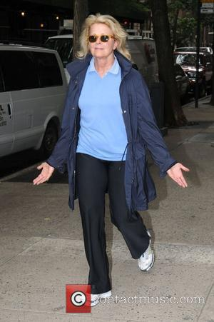 Candice Bergen out and about in Manhattan's Upper West Side New York City, USA - 02.10.08