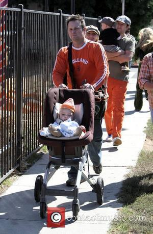 Nicole Sullivan and family at Pumpkin Patch in West Hollywood California, USA - 11.10.08
