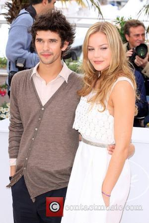 Ben Whishaw and Abbie Cornish The 2009 Cannes Film Festival - Day 3 'Bright Star' - Photocall Cannes, France -...