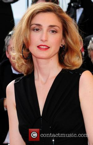 Julie Gayet Files Formal Complaint For Breach Of Privacy