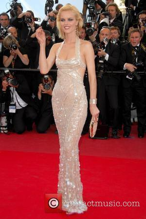 Eva Herzigova 2009 Cannes International Film Festival - Day 6 'Looking for Eric' official screening - Arrivals Cannes, France -...