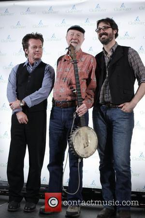 John Mellencamp, Pete Seeger, Tao Rodriguez-Seeger and removed photos