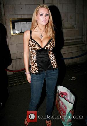 Nicola McLean Leaving Astor Bar & Grill on Glasshouse Street  London, England - 02.09.06