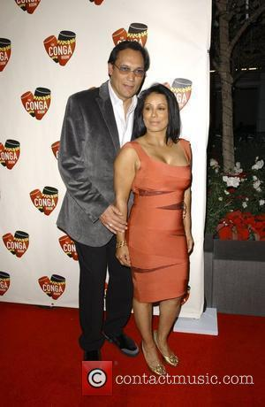 Jimmy Smits and Wanda De Jesus