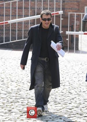 Chris Gascoyne, who plays Peter Barlow The cast of 'Coronation Street' leaving Granada Studios Manchester, England - 22.04.09