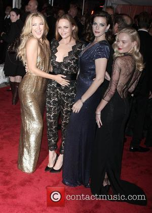 Kate Hudson, Liv Tyler and Stella Mccartney