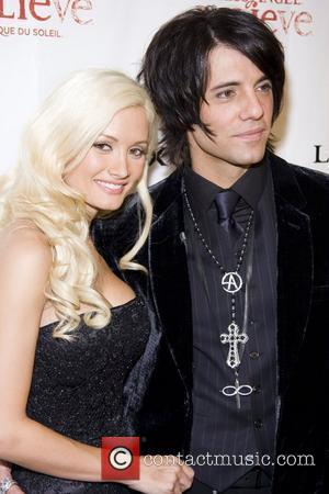 Criss Angel, Holly Madison Black Carpet Premiere Of Criss Angel Believe Luxor Hotel & Casino Las Vegas, NV 31.10.08