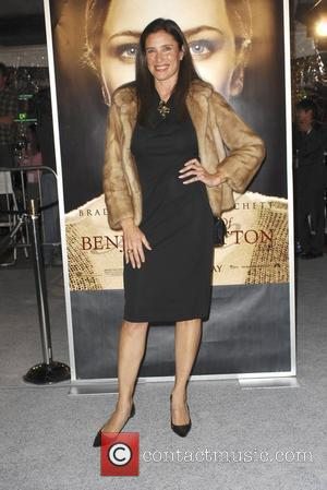 Mimi Rogers The Los Angeles Premiere of 'The Curious Case of Benjamin Button' held at the Mann's Village Theatre. -...